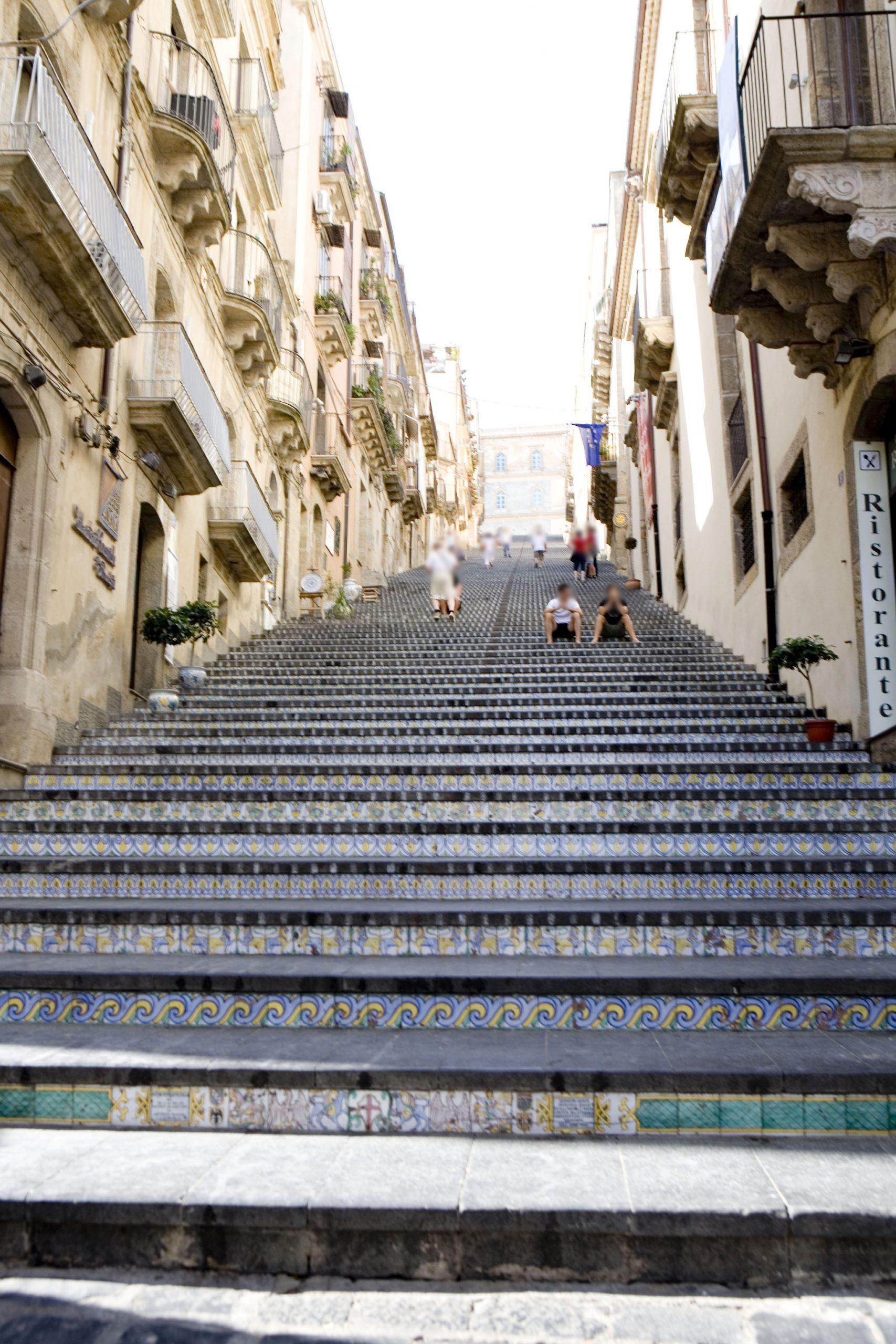 サンタ・マリア・デル・モンテの大階段