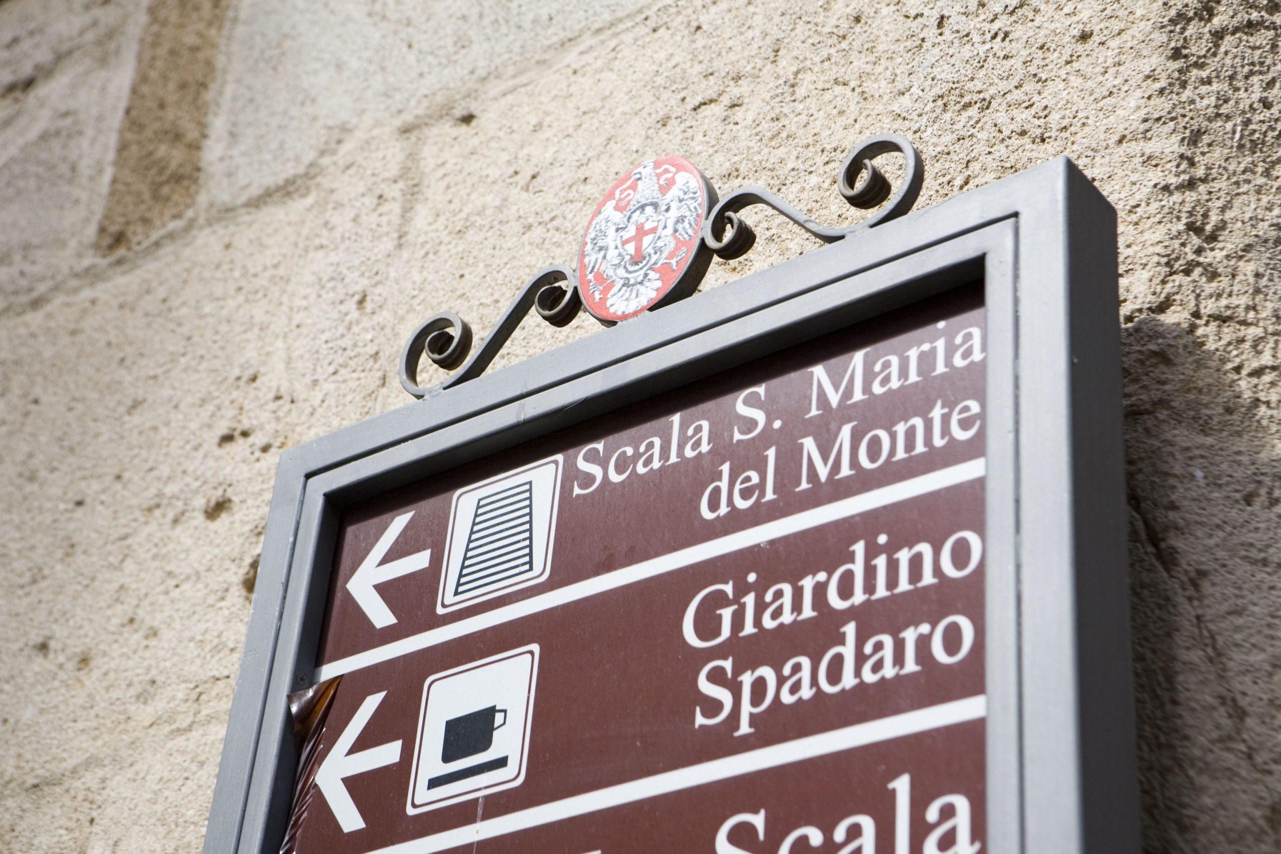 サンタ・マリア・デル・モンテの標識