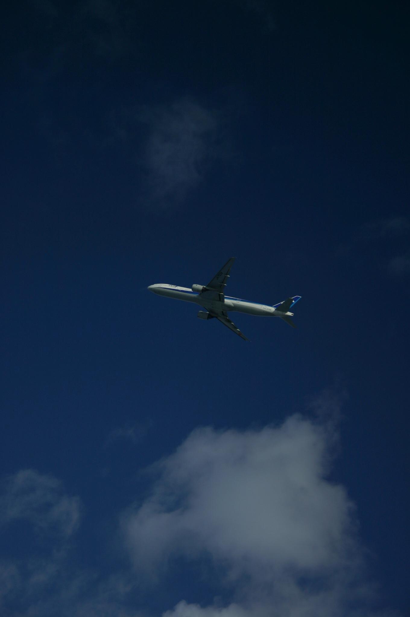 千歳空港より大空に飛ぶ