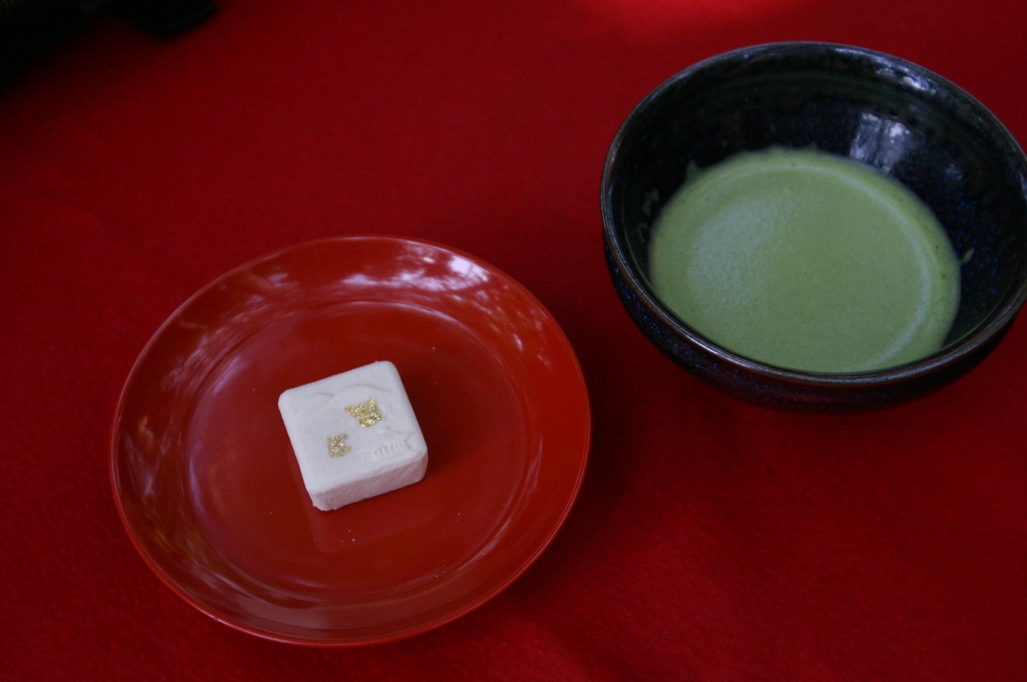 金閣寺の茶店では二品