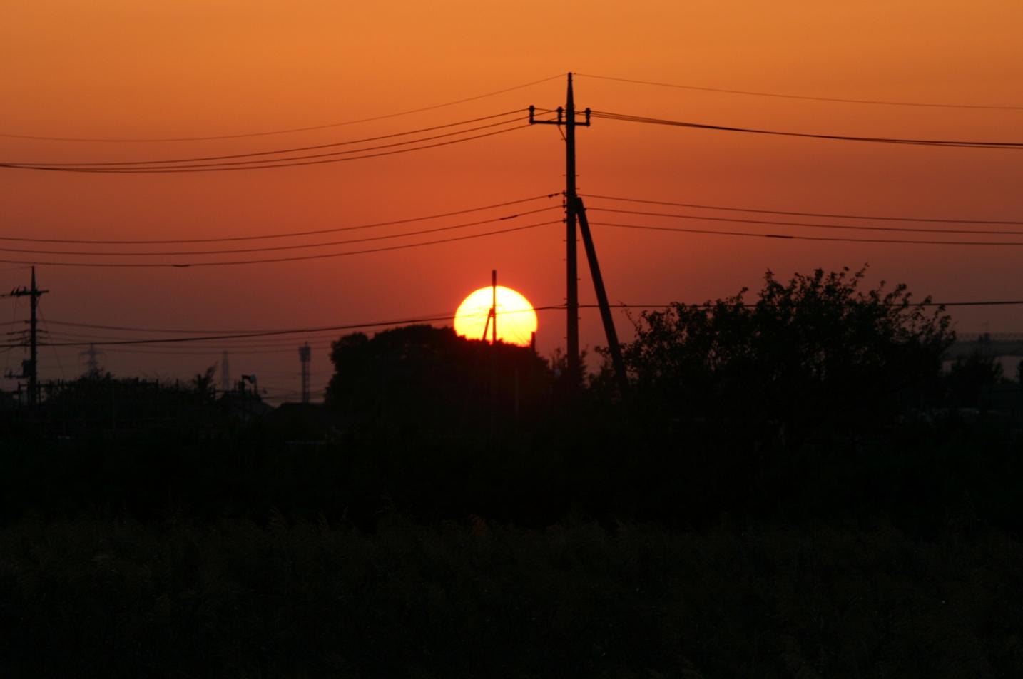 街に日が沈む時