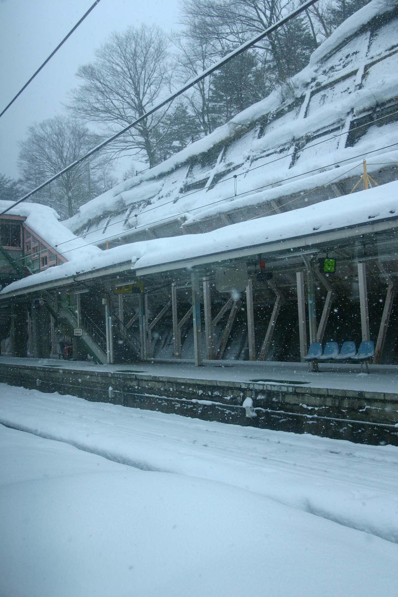 車窓@JR上越線 水上駅