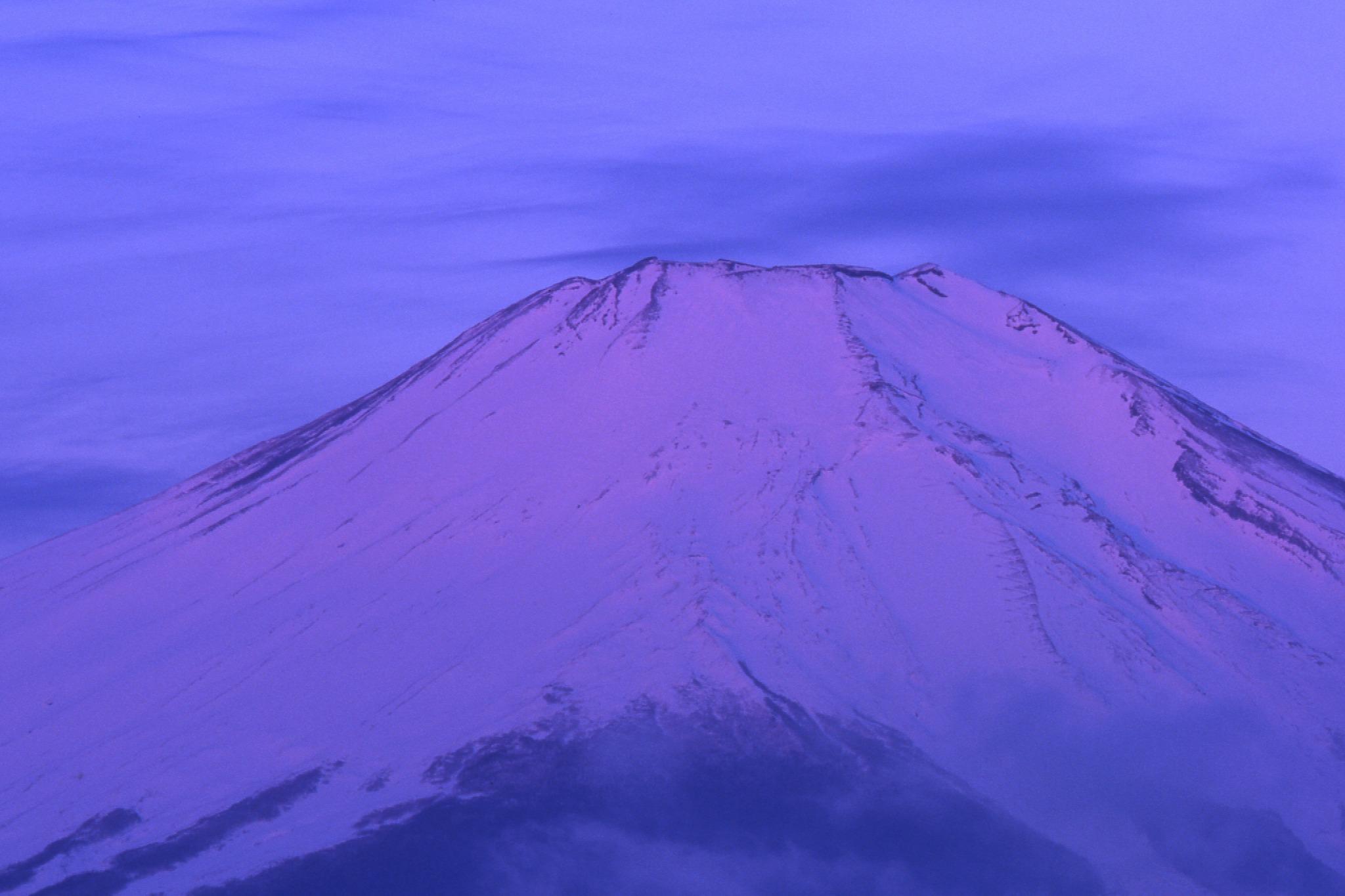3月の朝6時の富士山